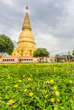 Pagoda de Sriwiengchai chez Wat Phra Bat Huai Tom image stock