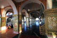 Pagoda de Sutaungpyei de colline de la Birmanie Mandalay Images libres de droits