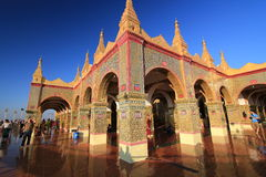 Pagoda de Sutaungpyei en la colina Birmania de Mandalay Fotografía de archivo libre de regalías