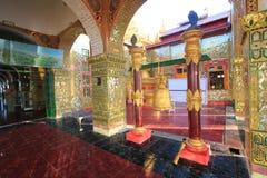 Pagoda de Sutaungpyei en la colina de Birmania Mandalay Foto de archivo