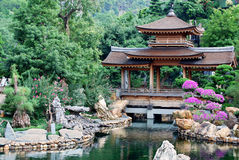 Pagoda de temple asiatique photo stock