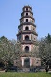 Pagoda de Thien MU imagenes de archivo