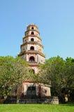 Pagoda de Thien MU en tonalidad Imágenes de archivo libres de regalías