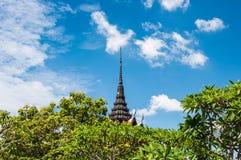 Pagoda de vue avec le fond de ciel bleu Photos stock