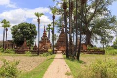 Pagoda de Yadana Sinme Photos stock