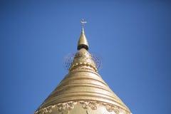 Pagoda del oro en Myanmar Fotografía de archivo libre de regalías