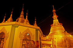 Pagoda del paya de Botataung en Rangoon, Myanmar Foto de archivo