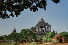 Pagoda del tempio di Thatbinnyu in Bagan Myanmbar Burma immagini stock
