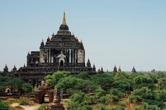 Pagoda del tempio di Thatbinnyu in Bagan Myanmbar Burma immagine stock