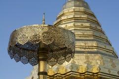 Pagoda del templo de Wat Doi Suthep foto de archivo libre de regalías