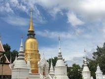 Pagoda dell'oro Fotografie Stock