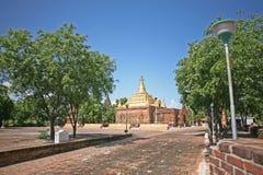 Pagoda dell'oro in Bagan fotografia stock libera da diritti