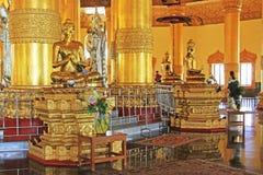 Pagoda della reliquia del dente di Buddha, Rangoon, Myanmar Immagine Stock