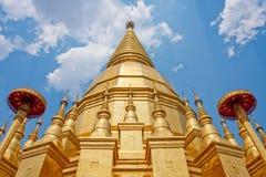 Pagoda delle reliquie di Buddha dei templi. Fotografia Stock