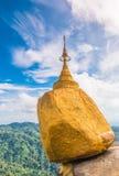 Pagoda di Kyaikhtiyo nel Myanmar Fotografia Stock Libera da Diritti