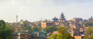 Pagoda di Nyatapola di paesaggio urbano di Bhaktapur panoramica fotografia stock