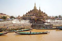 Pagoda di Phaung Daw Oo Fotografia Stock