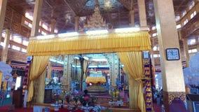 Pagoda di Phaung Daw Oo, lago Inle archivi video