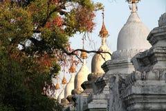 Pagoda di Sandamuni - Mandalay Birmania Myanmar Immagini Stock Libere da Diritti