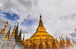 Pagoda di Shwedagon (grande pagoda di Dagon) in Rangoon, Myanmar Fotografia Stock Libera da Diritti