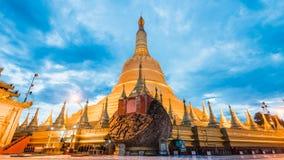 Pagoda di Shwemawdaw della pagoda di Shwemawdaw il più alta pagoda in mya Immagini Stock