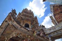 Pagoda di stile cinese con il deco ceramico Fotografia Stock Libera da Diritti