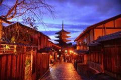 Pagoda di Yasaka nel tempo crepuscolare Fotografie Stock