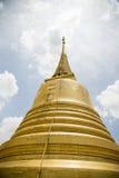 Pagoda dorata in Wat Sraket Thailand Fotografia Stock Libera da Diritti
