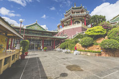 Pagoda and dragon sculpture of the Taoist Temple in Cebu, Philip Royalty Free Stock Photos