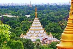 Pagoda du ` s de colline de Mandalay, Mandalay, Myanmar Photo stock