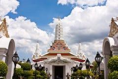 Pagoda e capela Imagens de Stock Royalty Free