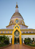 Pagoda en el templo de la tonelada de Tha imagen de archivo
