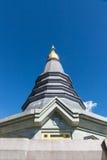 Pagoda en la opinión de parque nacional de Doi Intanon imagen de archivo