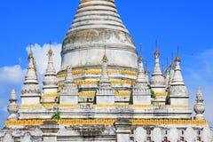 Pagoda en Maha Aungmye Bonzan Monastery, Innwa, Myanmar Foto de archivo libre de regalías