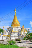 Pagoda en Maha Aungmye Bonzan Monastery, Innwa, Myanmar Foto de archivo