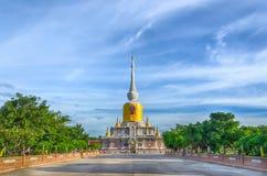 Pagoda gigante lejana Fotografía de archivo libre de regalías