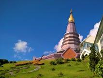 Pagoda hermosa en Doi Inthanon, Chiang Mai Thailand fotos de archivo libres de regalías