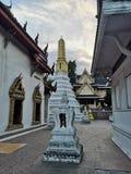 Pagoda i świątynia Tajlandia zmierzch fotografia stock