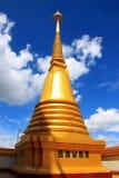 Pagoda i det thailand tempelet Fotografering för Bildbyråer