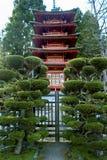 Pagoda japonesa del jardín de té fotografía de archivo