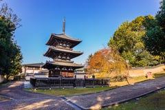 Pagoda leggendaria tre del tempio di Kofukuji a Nara Fotografia Stock