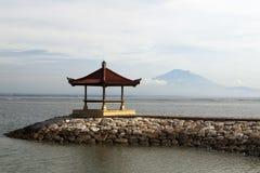 Pagoda and a mountain Royalty Free Stock Photos
