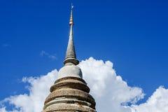 Pagoda na niebieskim niebie obraz stock