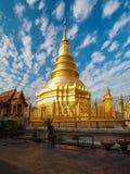 Pagoda przy Watem Phra Który Hariphunchai, Tajlandia Zdjęcia Royalty Free