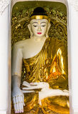 Pagoda Rangoon Myanmar di Shwedagon delle statue di Buddha Fotografia Stock Libera da Diritti