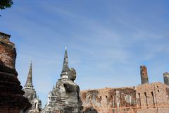 Pagoda sub con el cielo fotografía de archivo