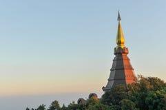 Pagoda sur le dessus de la montagne Photos libres de droits