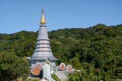 Pagoda sur le moutain, parc national de Doi Inthanon, Thaïlande Photographie stock