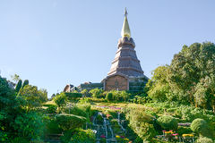 Pagoda sur le moutain, parc national de Doi Inthanon, Thaïlande Images libres de droits