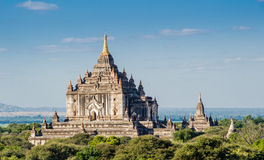 Pagoda Thatbynnyu Bagan, Myanmar Immagini Stock Libere da Diritti